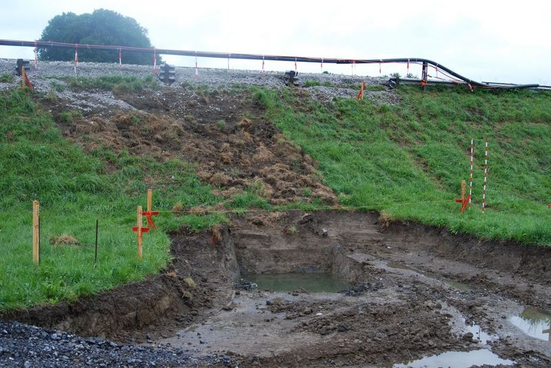 Baustelle vor dem Einbau des Wellstahlrohrs.